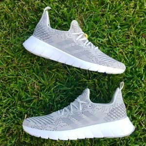 NEW Adidas Asweego Running Shoes Gray White